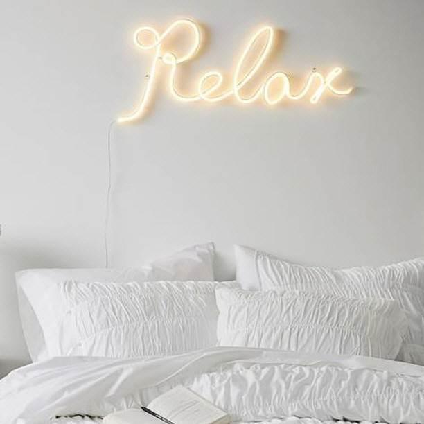 Relax - LED Neon felirat otthonra