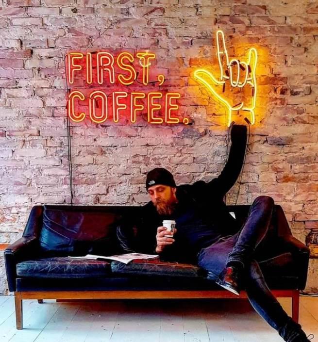 First, Coffee - LED Neon felirat