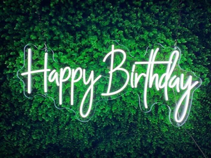 Happy Birthday - LED Neon felirat rendezvényekre